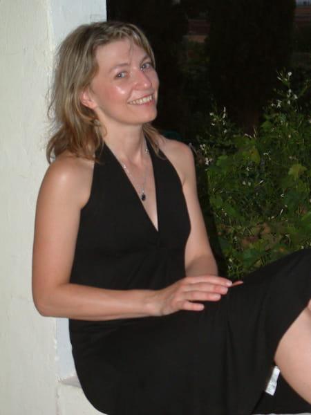 Stephanie Doron