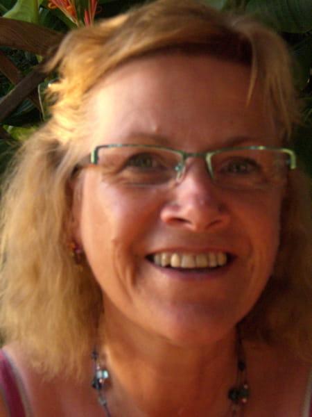 Christine Deregnaucourt