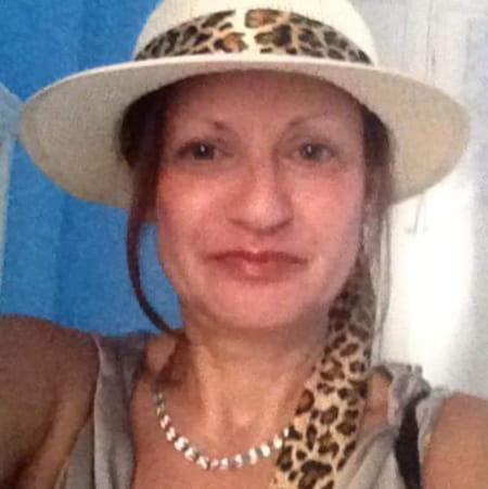Agnes D'izzia