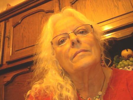 Yvonne Cinelli  Yvonne