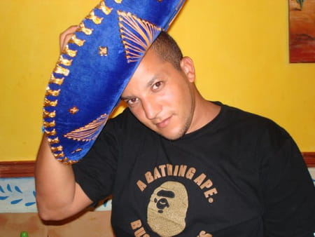 Ramy guetati 33 ans cergy argenteuil copains d 39 avant for Salon yasmine argenteuil