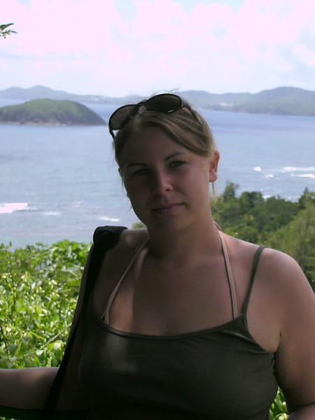 Vanessa debrock 32 ans wasquehal longuenesse copains - Art cuisine longuenesse ...
