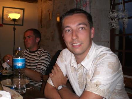 Julien bailly 31 ans longueil sainte marie compiegne for Salon 2000 compiegne