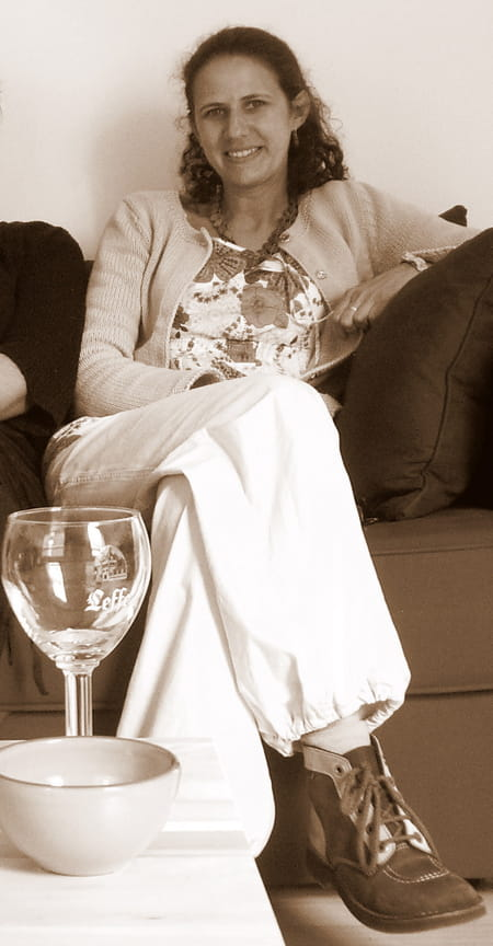 melanie barbier 37 ans roanne villerest copains d 39 avant. Black Bedroom Furniture Sets. Home Design Ideas