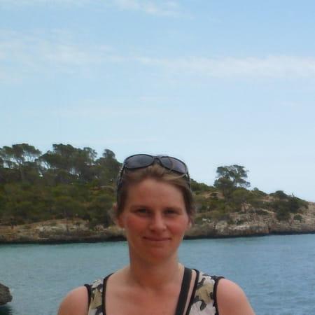 Karine Jouveneau