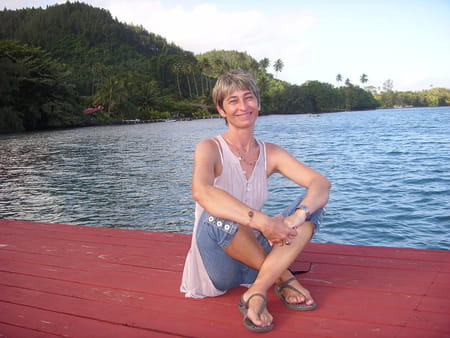 Corinne scalogna rieupet 52 ans tahiti tours for Salon rochepinard tours