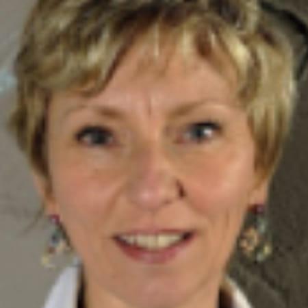 Isabelle lariviere 55 ans copains d 39 avant for Lariviere valenciennes