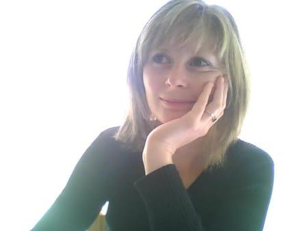 Marie pierre sla m raison 39 ans peyrolles en provence - Marie salon de provence ...