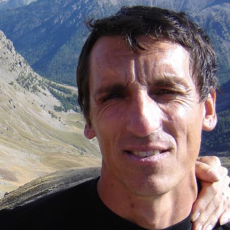 Thierry viale 49 ans carros cagnes sur mer copains d for Piscine querqueville