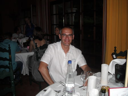 Eric garcia 47 ans copains d 39 avant for Astral piscine perpignan