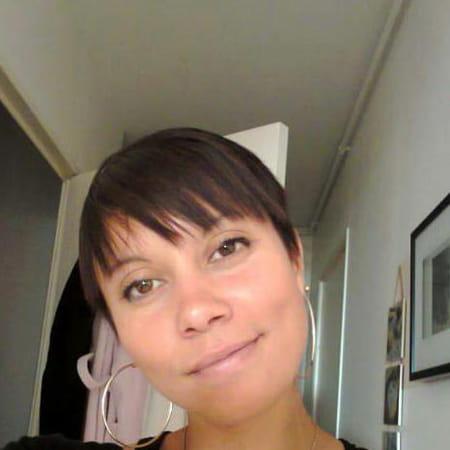 Estelle Parra