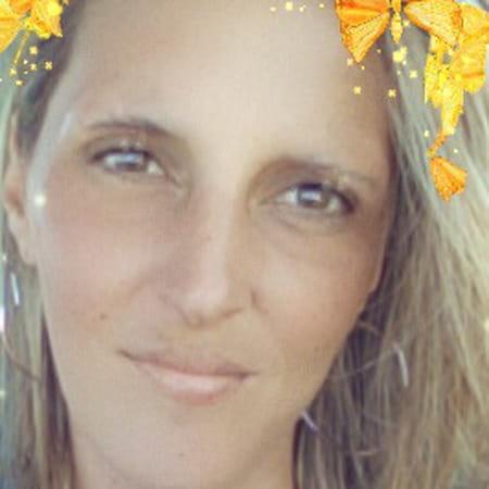 Stephanie Damiens