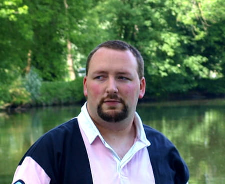 Gregory valentin 35 ans mennecy ris orangis copains for Garage renault evry