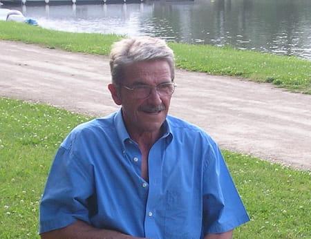Yves Montaron