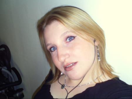 Melanie Flips
