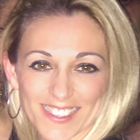 Delphine Dupre Ruiz 38 Ans Marignane Copains D Avant