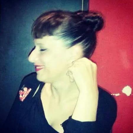 Vanessa valle 44 ans barcelone montignac charente barcelona copains d 39 avant - Cabinet radiologie merignac ...