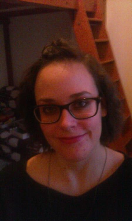Caroline neaufle 33 ans nancy compiegne lyon for Salon 2000 compiegne