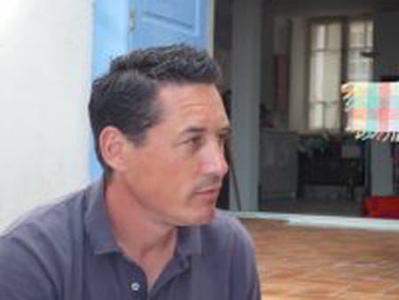 St phane dujardin 49 ans copains d 39 avant for Entreprise dujardin
