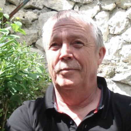 Michel LE DUFF, 63 ans (CREVIN, BREST, NOYON) - Copains d avant 9a167ef0699f