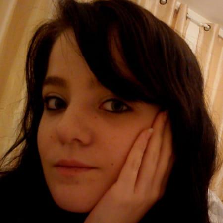 Charlene GUERIN, 27 ans (LE PETIT QUEVILLY, ROUEN) - Copains d avant 18b99e3f5e4