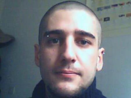 Cedric menendez 36 ans lambesc aix en provence - College jean bernard salon de provence ...
