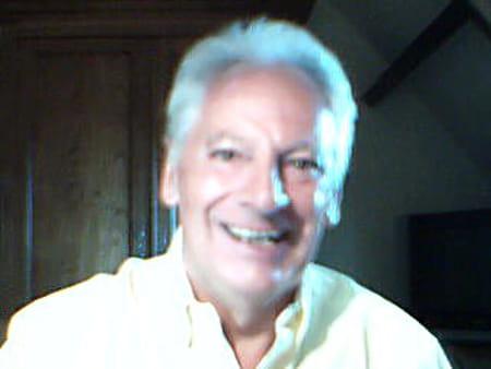 Michel Thebault   La  Puce
