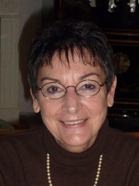 Nicole Pernet