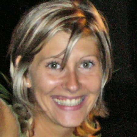 Celine riouall 39 ans salon de provence copains d 39 avant - Lycee craponne salon ...