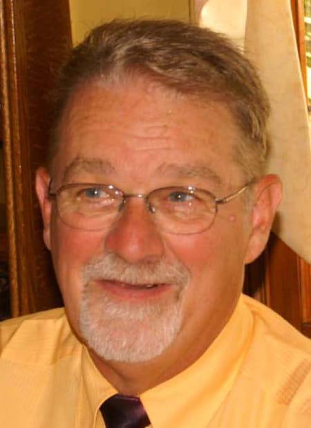 Bernard delabroye 73 ans nailly sens copains d 39 avant - College jean bernard salon de provence ...