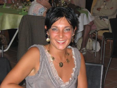 Delphine roissard morel 45 ans la ravoire aix les bains copains d 39 avant - Salon massage aix en provence ...