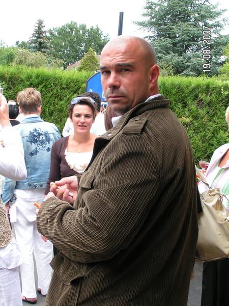 Sylvain lemenand 47 ans bayeux segre copains d 39 avant for Garage ford la baule
