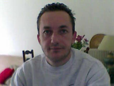 Franck corrion 45 ans chevilly larue neustadt for Chevilly larue piscine
