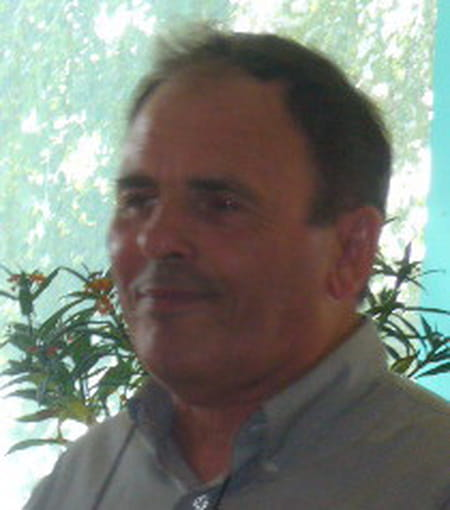 À Yvetot Trois Blessés Après La Chute D Un Balcon: Gérard CUILLIER, 71 Ans (GRAINVILLE LA TEINTURIERE