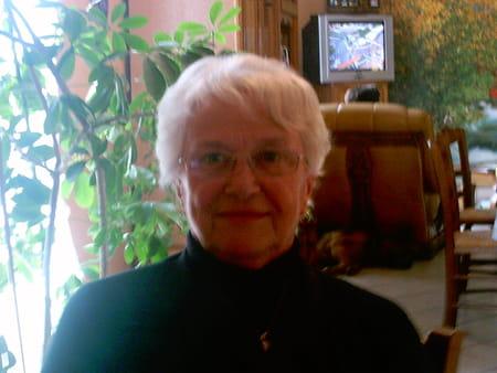 marie claude gonon ferreol 78 ans saint joseph rive de gier copains d 39 avant. Black Bedroom Furniture Sets. Home Design Ideas