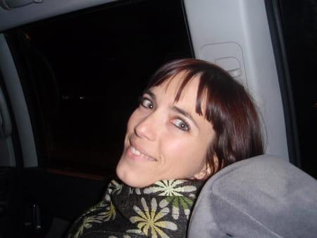 claire raveneaux 39 ans nimes chabeuil copains d 39 avant
