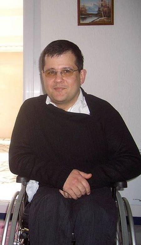 Miguel de almeida 49 ans oissel rouen garches for Foyer colette yver rouen