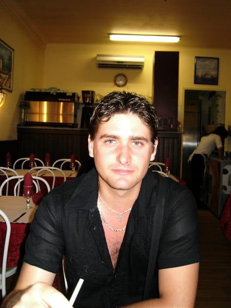 Anthony Gray Net Worth
