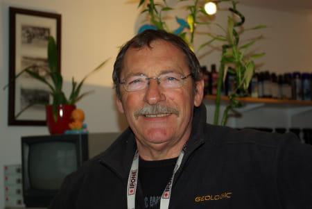 Bernard hubert 69 ans salon de provence nanterre copains d 39 avant - Bernard philibert salon de provence ...
