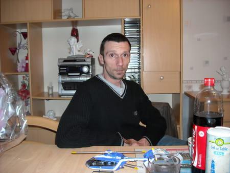 Sebastien olivier tourcoing sequedin copains d 39 avant for Garage renault evry