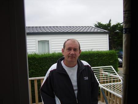 g rard lhotellier 51 ans saint cyr le gravelais le pertre tarbes copains d 39 avant. Black Bedroom Furniture Sets. Home Design Ideas