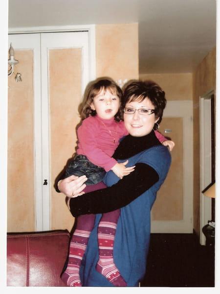 Laetitia pierin 34 ans margny les compiegne noyon for Salon 2000 compiegne