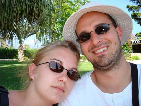Cynthia marineau 34 ans herme provins copains d 39 avant for Cynthia marin