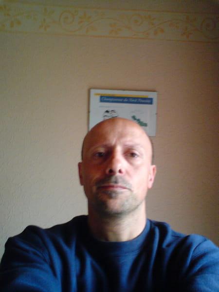 Nicolas chetcuti 51 ans halluin hem copains d 39 avant - Agence mondial relay hem ...