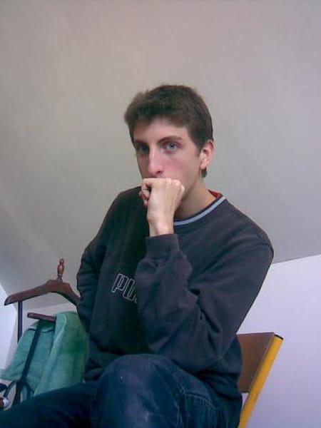 Alexandre blavin 28 ans compiegne copains d 39 avant for Salon 2000 compiegne