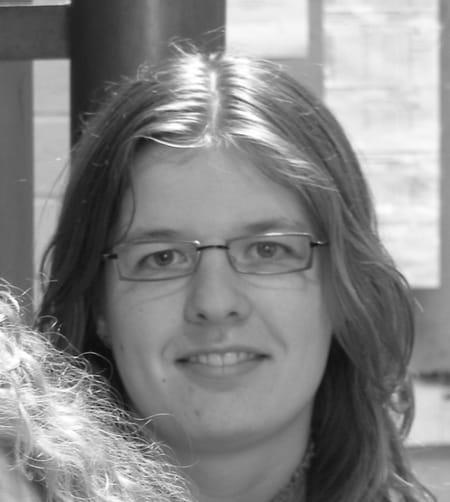 À Yvetot Trois Blessés Après La Chute D Un Balcon: Elise MARIE, 33 Ans (VALLIQUERVILLE, YVETOT)
