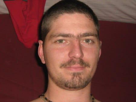 Jonathan moulin 33 ans eyguieres arles copains d 39 avant - College jean bernard salon de provence ...