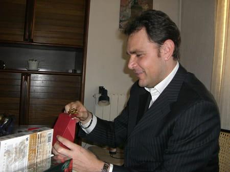 Laurent messinese 49 ans marseille aix en provence for Maaf salon de provence