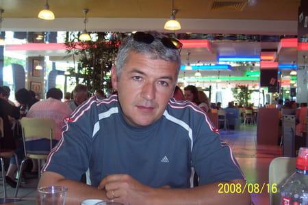 Gerard fernandez 49 ans saint martin de crau port de bouc copains d 39 avant - Patricia fernandez port de bouc ...