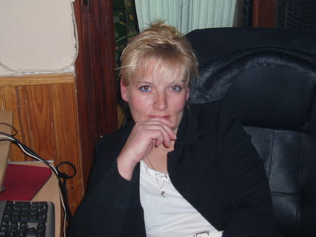 Elisabeth martinez 51 ans sorgues pernes les fontaines for Garage martinez pernes les fontaines
